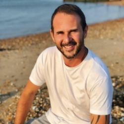 Alvaro tantra massage Kent
